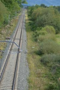 Puente cerca de Urdiain. Previsto desdoblamiento de la vía, a la derecha.