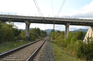 Puente cerca de Arruazu. Previsto desdoblamiento de la vía.