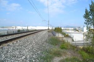 Puentes sobre la carretera y el Río Arga en el Polígono Industrial de Landaben de Pamplona-Iruñea. Previsto desdoblamiento de la vía a la derecha.